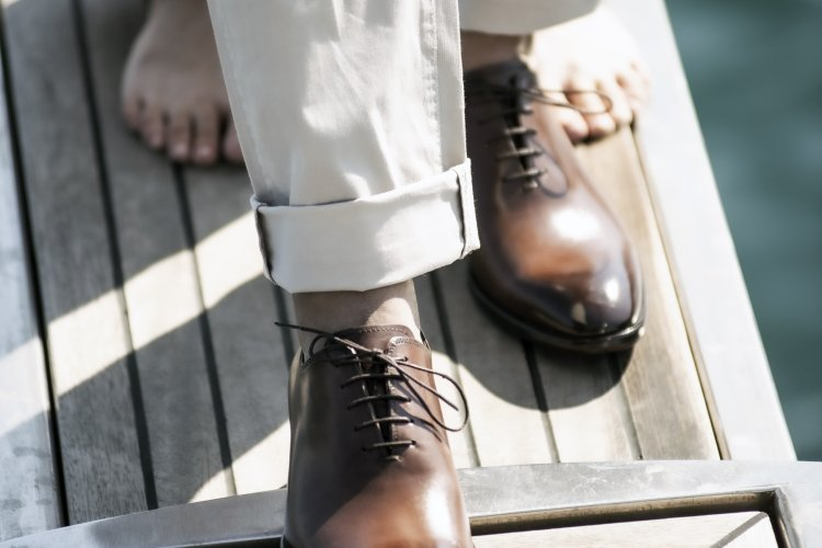 Sevgililer Günü için Hediye Deri Ayakkabı